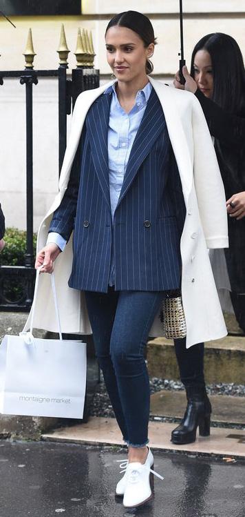 key-natural-sporty-style-type-jessicaalba-blue-navy-pinstripe-blazer-oversized-white-loafer-bun-white-coat-layers-jeans-skinny.jpg