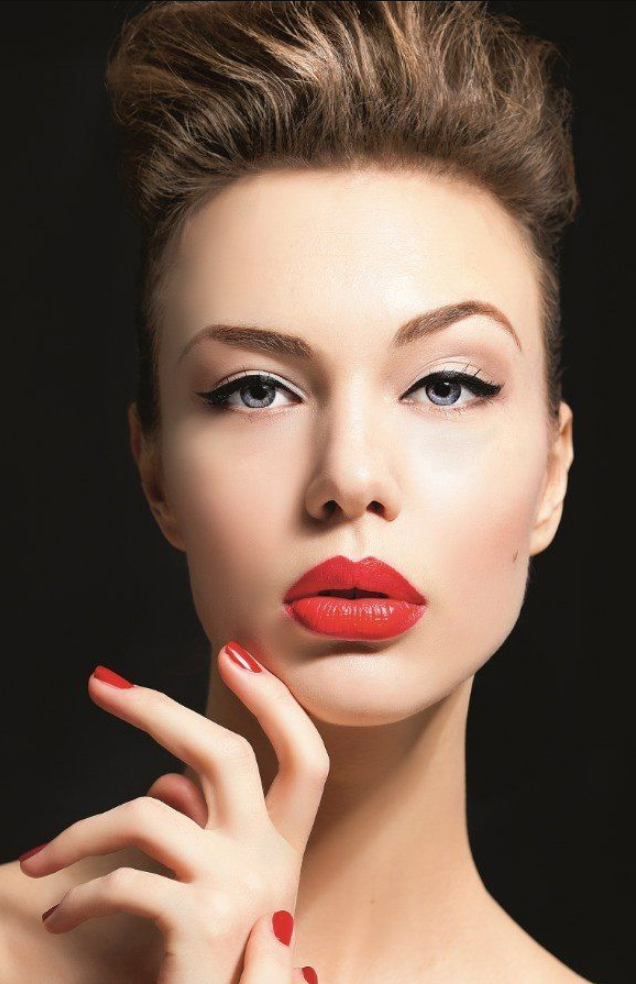 makeup-classic-style-type-hair-bun-volume-red-lipstick-natural-wing-eyeliner.jpg