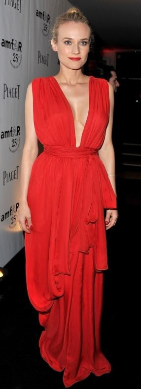 elegant-dianekruger-red-dress-gown-blonde-redcarpet-trend.jpg