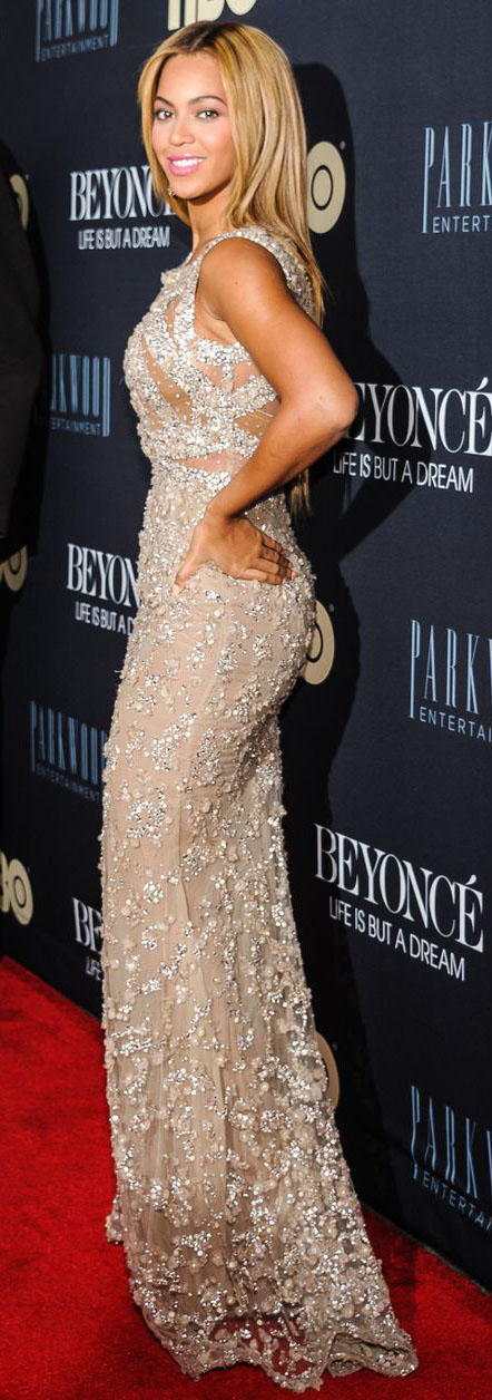 elegant-bombshell-sexy-style-type-beyonce-redcarpet-fashion-sequin-gown-dress-long-blonde-hair.jpg