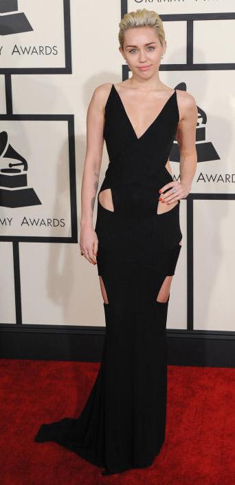 elegant-rebel-grunge-style-type-mileycyrus-grammy-awards-2015-redcarpet-black-dress-gown-cutout-blonde.jpg