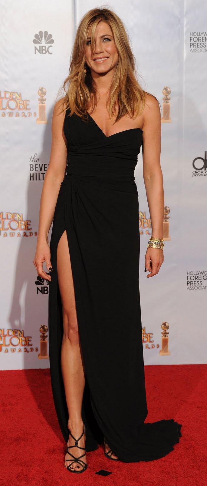 elegant-natural-sporty-style-type-jenniferaniston-black-dress-simple-gown-oneshoulder.jpg