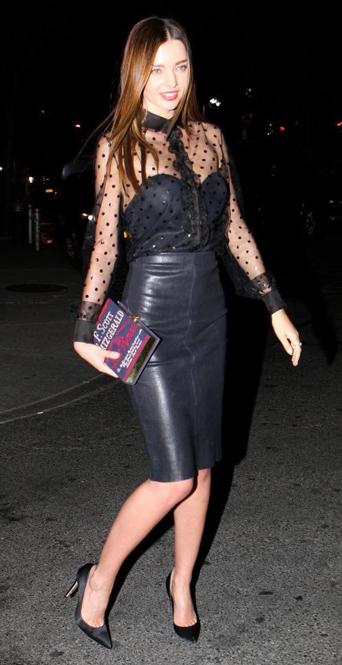 black-pencil-skirt-black-top-blouse-howtowear-fashion-style-fall-winter-mirandakerr-celebrity-street-sheer-seethrough-bustier-dot-black-shoe-pumps-clutch-hairr-classic-dinner.jpg