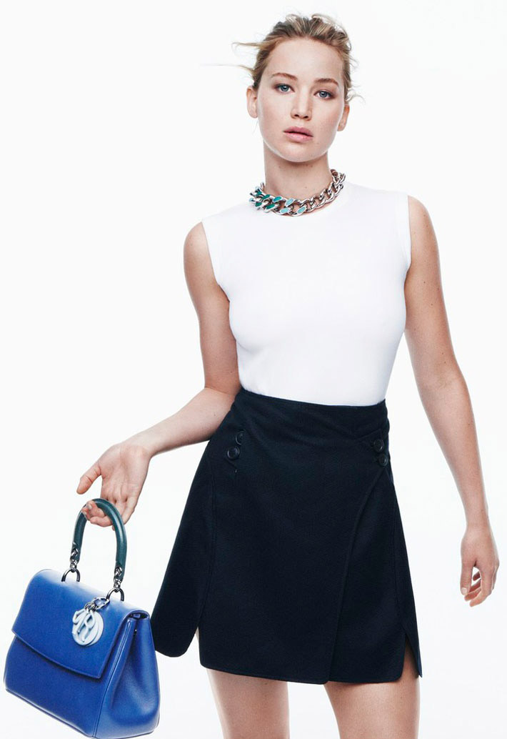 black-mini-skirt-white-top-necklace-chain-blue-bag-bun-dior-jenniferlawrence-style-spring-summer-blonde-work.jpg