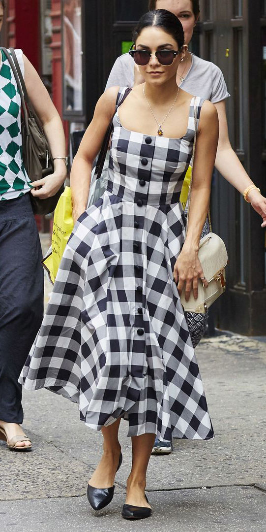black-dress-aline-gingham-print-black-shoe-flats-sun-bun-white-bag-midi-vanessahudgens-spring-summer-brun-lunch.jpg