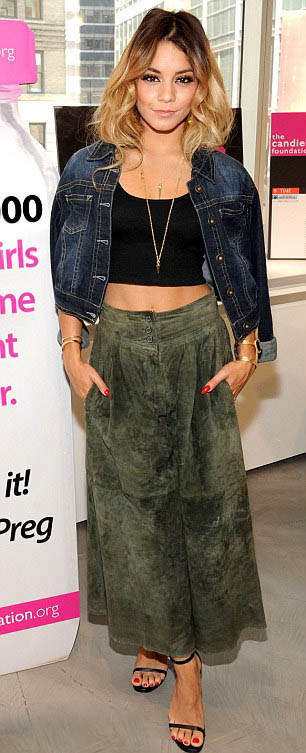 green-olive-culottes-pants-suede-black-top-crop-blue-navy-jacket-jean-necklace-black-shoe-sandalh-vanessahudgens-spring-summer-hairr-nail-dinner.jpg