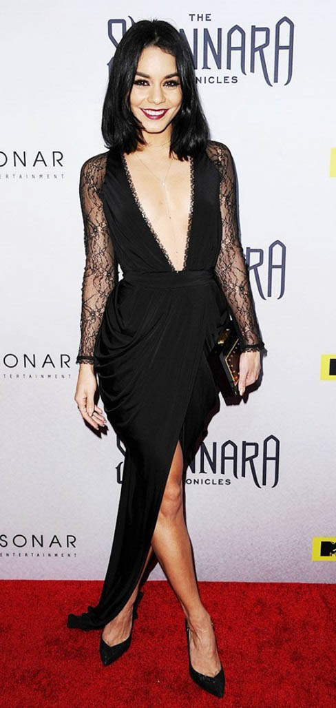 black-dress-black-bag-clutch-black-shoe-pumps-slit-deepv-necklace-vanessahudgens-fall-winter-brun-elegant.jpg