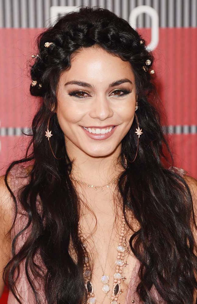 hair-vanessahudgens-wavy-long-brun-smokey-eyeshadow-braid-crown-hoops.jpg