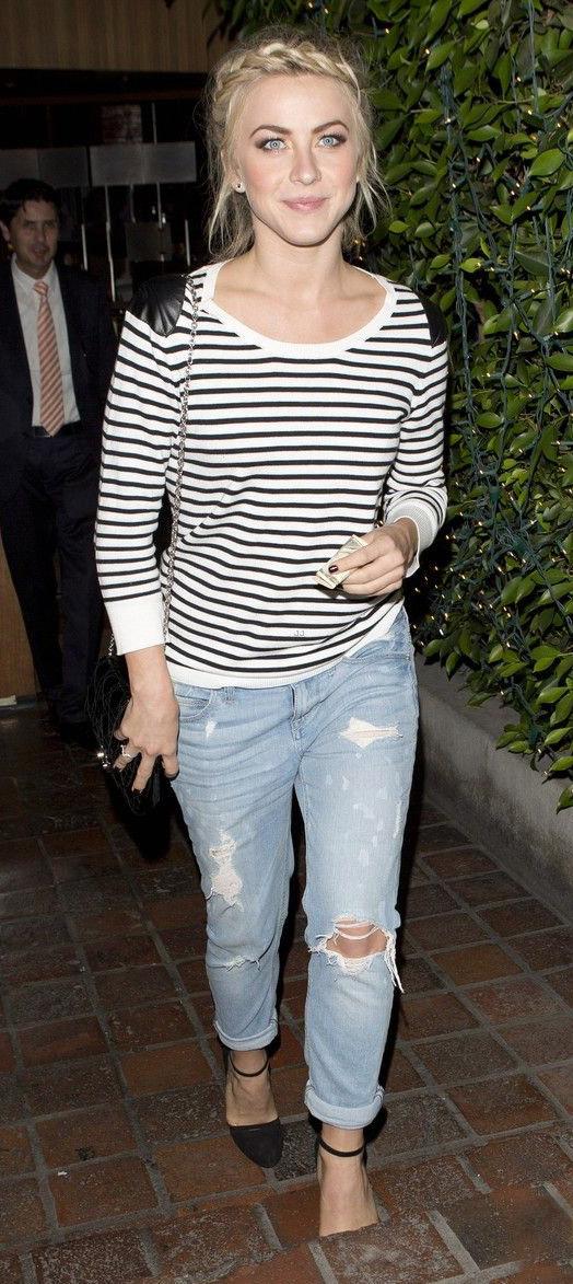 blue-light-boyfriend-jeans-black-tee-stripe-black-shoe-pumps-braid-black-bag-juliannehough-spring-summer-blonde-lunch.jpg