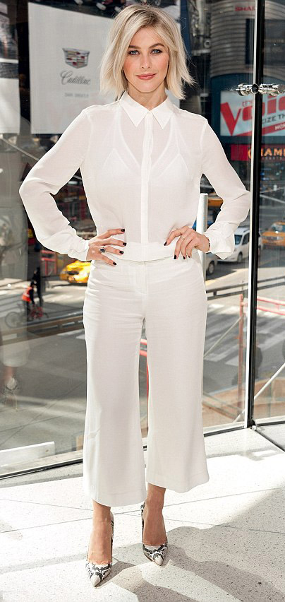 white-culottes-pants-white-top-blouse-mono-white-shoe-pumps-snakeskin-nail-juliannehough-blonde-spring-summer-work.jpg