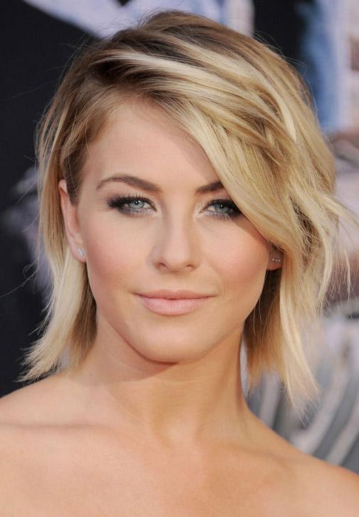 hair-juliannehough-blonde-makeup-wavy-bob-sidepart.jpg