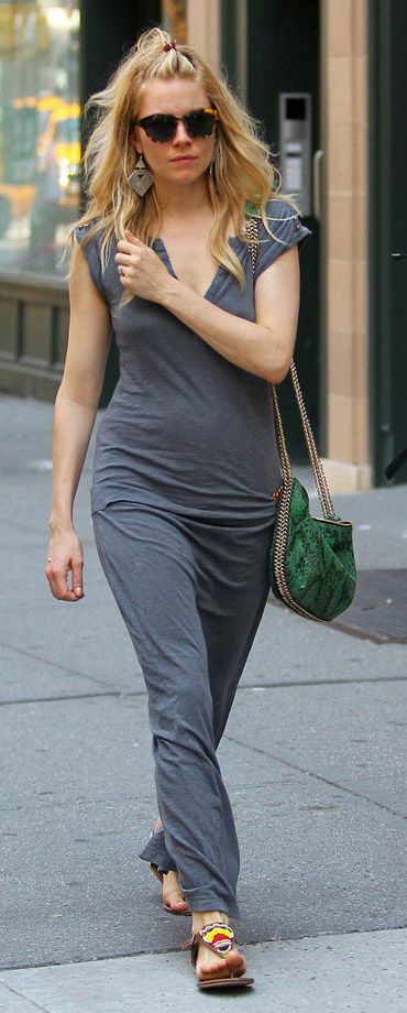 grayd-dress-maxi-green-bag-sun-yellow-shoe-sandals-siennamiller-spring-summer-blonde-weekend.jpg
