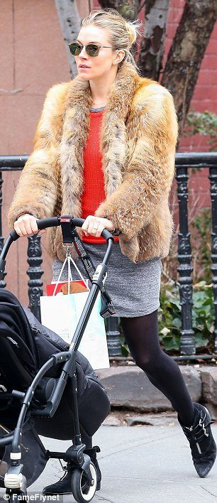 grayl-mini-skirt-orange-sweater-tan-jacket-coat-fur-fuzz-black-tights-black-shoe-booties-bun-sun-siennamiller-fall-winter-blonde-weekend.jpg