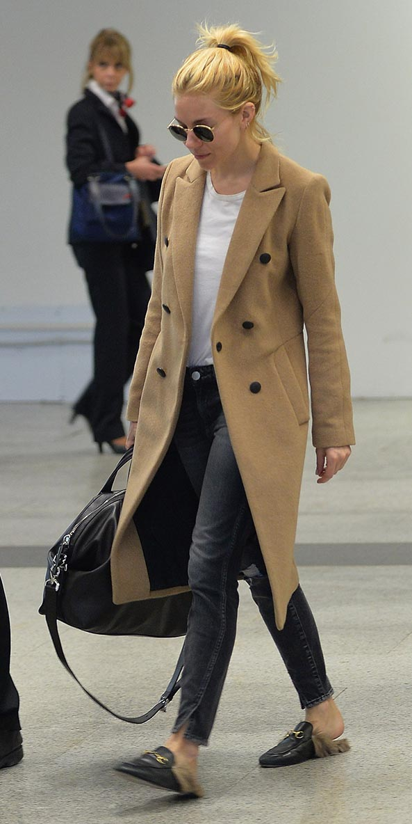 black-skinny-jeans-white-tee-camel-jacket-coat-black-shoe-flats-pony-sun-airport-siennamiller-fall-winter-blonde-weekend.jpg