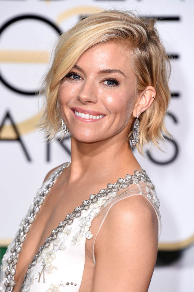 hair-siennamiller-makeup-blonde-short-bob.jpg