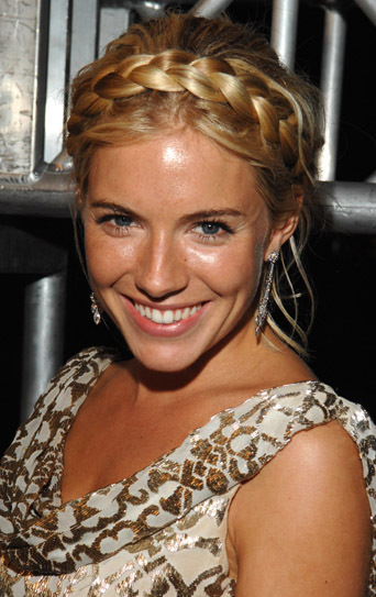 hair-boho-style-type-siennamiller-crown-braid-hairstyle-gold-bare-face-makeup-natural.jpg