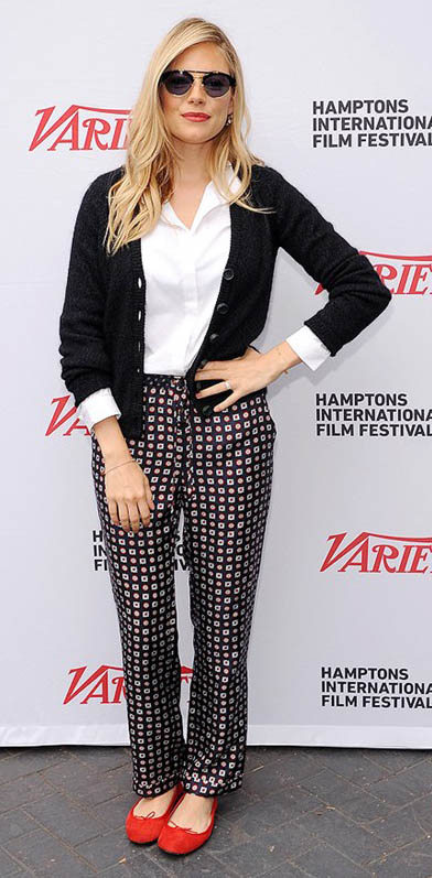 black-joggers-pants-print-white-top-collared-shirt-black-cardigan-red-shoe-flats-sun-siennamiller-fall-winter-blonde-work.jpg