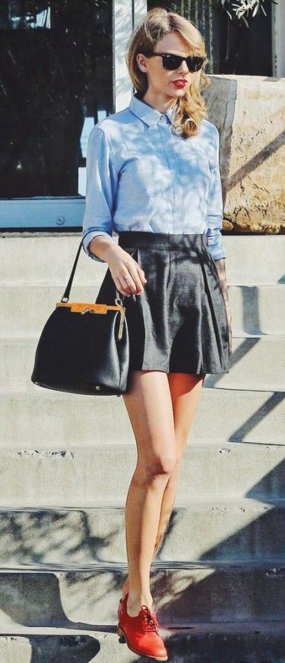 black-mini-skirt-blue-light-top-collared-shirt-black-bag-sun-red-shoe-brogues-taylorswift-spring-summer-blonde-lunch.jpg