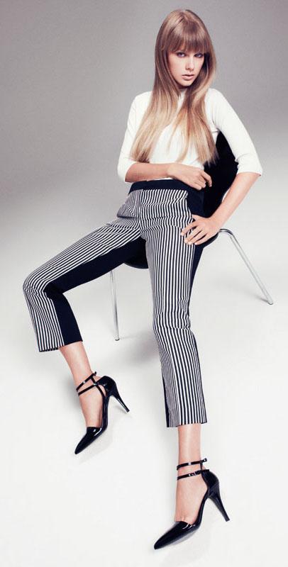 black-slim-pants-stripe-white-tee-black-shoe-pumps-taylorswift-spring-summer-blonde-work.jpg