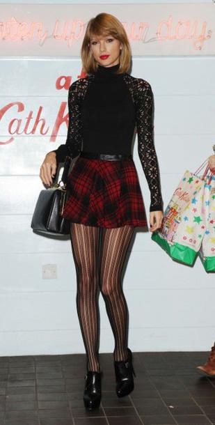 red-mini-skirt-plaid-black-tights-black-top-lace-black-bag-black-shoe-booties-taylorswift-fall-winter-blonde-dinner.jpg