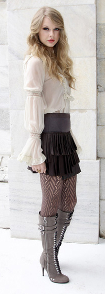 black-mini-skirt-white-top-blouse-peasant-black-tights-black-shoe-boots-taylorswift-tier-ruffle-howtowear-fashion-style-outfit-fall-winter-blonde-dinner.jpg