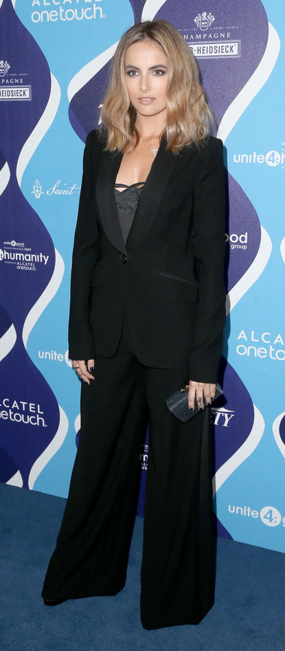 black-wideleg-pants-black-jacket-blazer-suit-black-top-cami-hairr-camillabelle-fall-winter-work.jpg