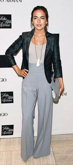 grayl-wideleg-pants-black-jacket-blazer-pend-necklace-camillabelle-brun-fall-winter-work.jpg