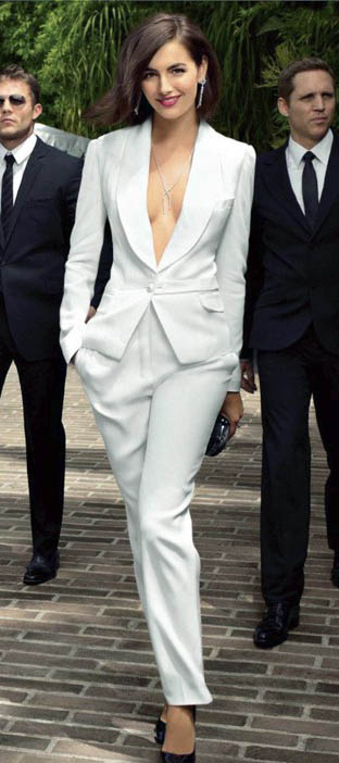 white-wideleg-pants-white-jacket-blazer-black-shoe-pumps-earrings-necklace-suit-camillabelle-brun-spring-summer-dinner.jpg