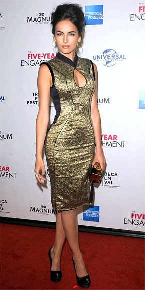 tan-dress-bodycon-gold-black-shoe-pumps-metallic-keyhole-camillabelle-brun-spring-summer-dinner.jpg
