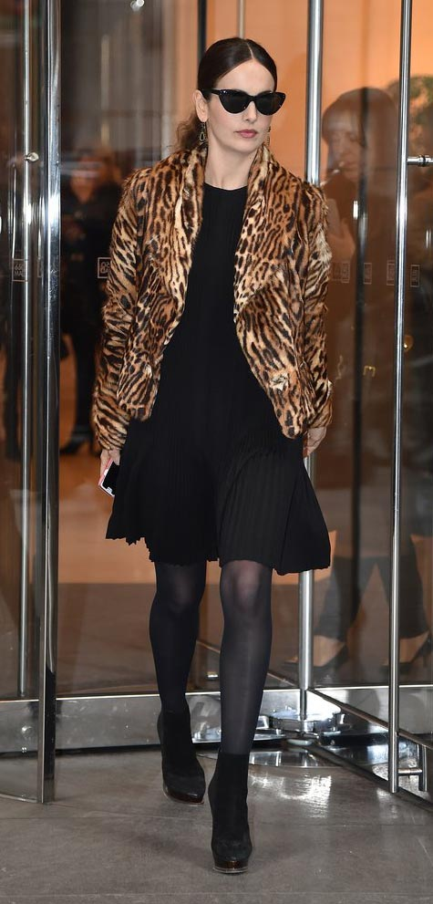 black-dress-aline-lbd-black-tights-leopard-tan-jacket-coat-sun-black-shoe-booties-pleat-camillabelle-fall-winter-brun-dinner.jpg