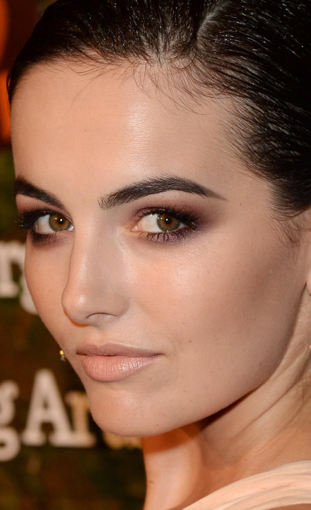 hair-makeup-camillabelle-brun-smokey-eyeshadow-nudelips.jpg
