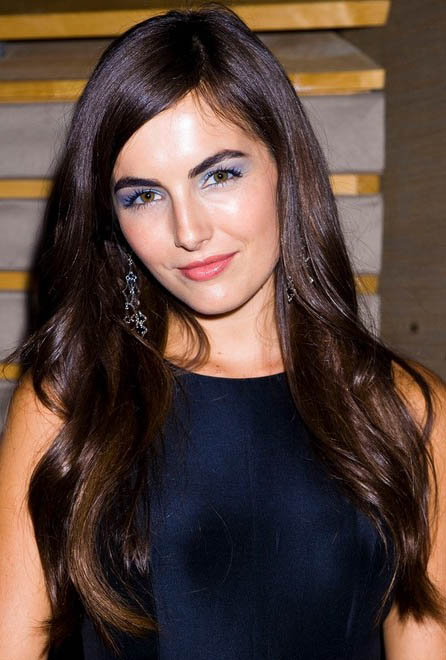 hair-makeup-camillabelle-brun-sidepart-long-wavy-eyeshadow-blue-earrings.jpg