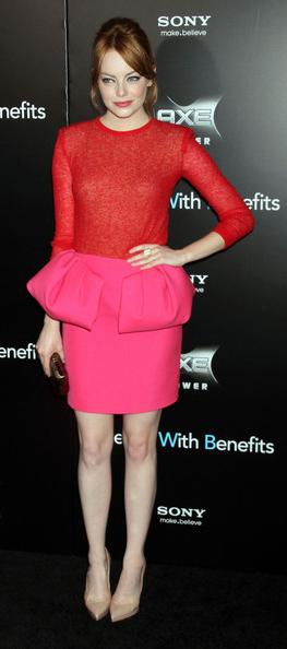 pink-magenta-dress-mini-twotone-red-ruffle-peplum-tan-shoe-pumps-bun-emmastone-spring-summer-hairr-dinner.jpg