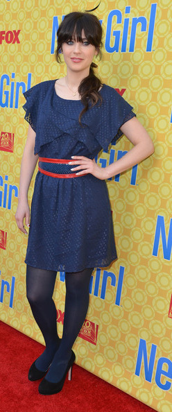 blue-navy-dress-blue-navy-tights-mini-black-shoe-pumps-ruffle-pony-zooeydeschanel-brun-fall-winter-lunch.jpg