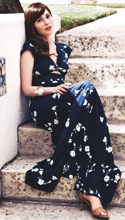 blue-navy-dress-maxi-print-tan-shoe-sandalh-zooeydeschanel-brun-spring-summer-dinner.jpg