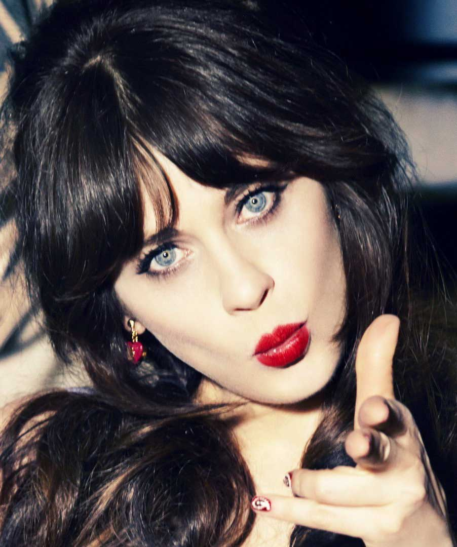hair-zooeydeschanel-brun-makeup-redlips-blue-eyes.jpg