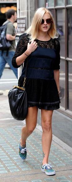 black-dress-a-mini-blue-med-shoe-sneakers-black-bag-lace-wear-style-fashion-spring-summer-fearnecotton-celebrity-street-blonde-lunch.jpg