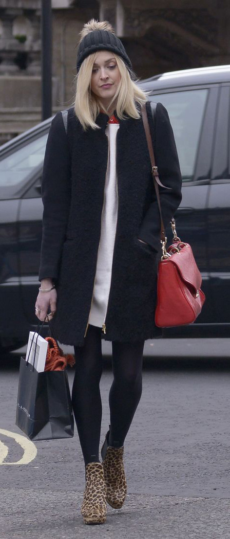 white-dress-black-jacket-coat-red-bag-black-tights-tan-shoe-booties-sweater-wear-style-fashion-fall-winter-leopard-beanie-fearnecotton-celebrity-street-blonde-lunch.jpg
