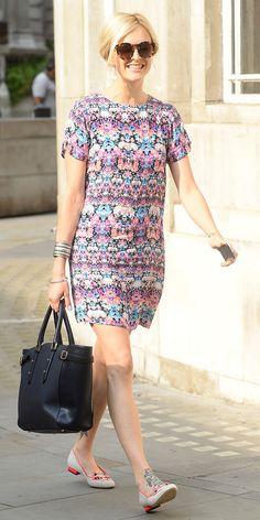 purple-light-dress-zprint-graphic-white-shoe-flats-black-bag-bun-sun-mini-wear-style-fashion-spring-summer-fearnecotton-blonde-work.jpg