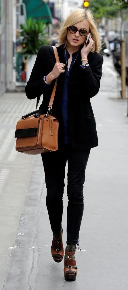 blue-navy-skinny-jeans-blue-navy-top-collared-shirt-black-jacket-blazer-cognac-bag-brown-shoe-sandalh-socks-fearnecotton-fall-winter-blonde-work.jpg