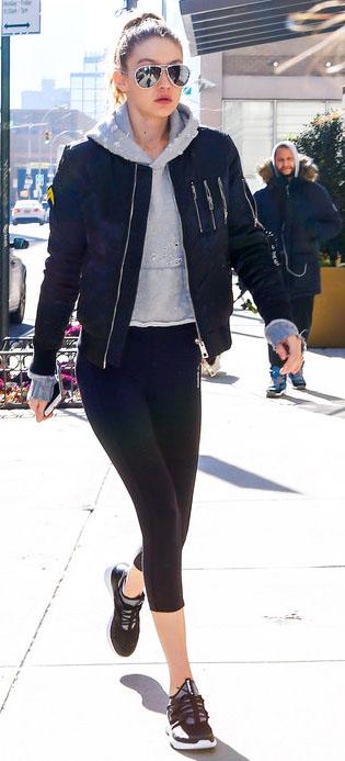 black-leggings-grayl-sweater-sweatshirt-hoodie-black-jacket-bomber-athleisure-sun-pony-black-shoe-sneakers-gigihadid-fashion-style-outfit-fall-winter-17-blonde-weekend.jpg