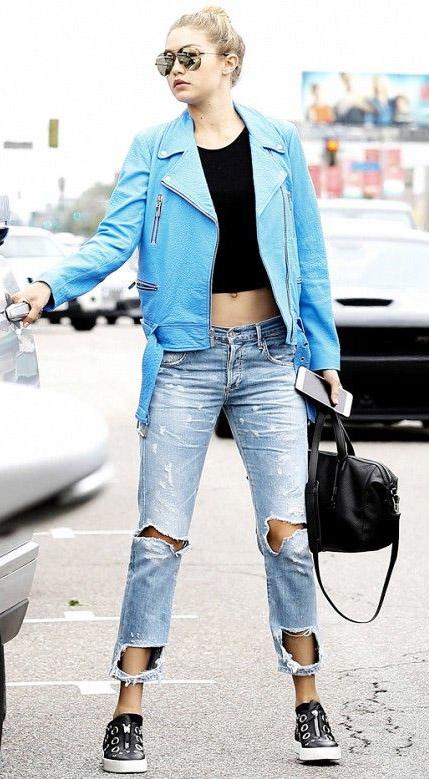 blue-light-boyfriend-jeans-gigihadid-black-tee-crop-black-shoe-sneakers-black-bag-blonde-sun-bun-blue-light-jacket-moto-outfit-fall-winter-celebrity-street-style-weekend.jpg