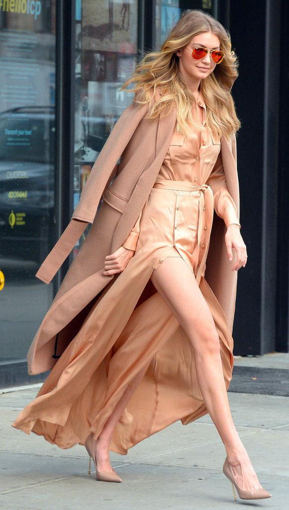 o-tan-dress-camel-jacket-coat-tan-shoe-pumps-howtowear-fashion-style-outfit-fall-winter-gigihadid-celebrity-model-street-monochromatic-shirt-maxi-sun-blonde-lunch.jpg