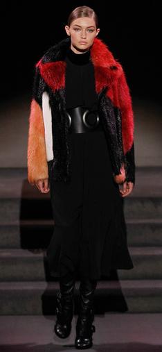 black-dress-aline-wide-belt-red-jacket-coat-fur-fuzz-bun-blonde-gigihadid-black-shoe-boots-howtowear-fashion-style-outfit-fall-winter-dinner.jpg
