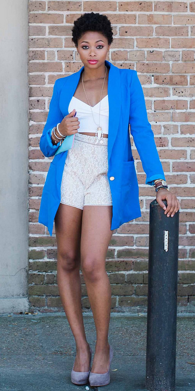 white-shorts-white-crop-top-necklace-pend-gray-shoe-pumps-cobalt-blue-med-jacket-blazer-boyfriend-spring-summer-brun-dinner.jpg
