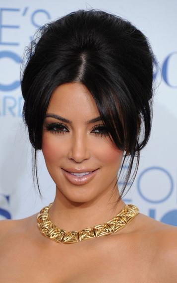 hair-makeup-kimkardashian-brun-bardot-bangs-teased-necklace-updo.jpg
