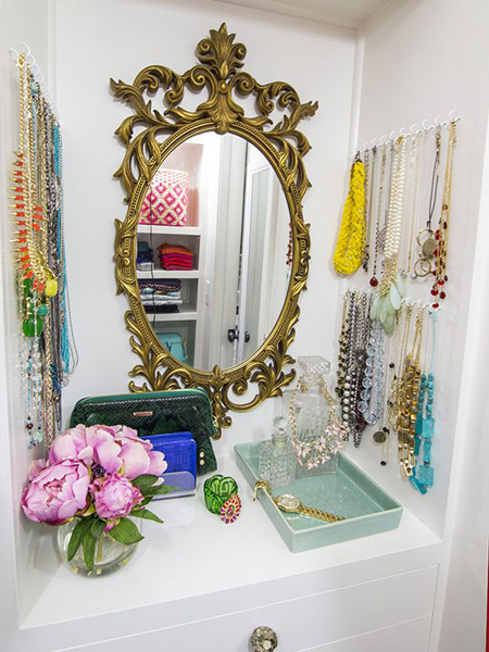 closet-shelves-how-to-organize-jewelry-closet-wardrobe-earrings-rings-necklaces-storage-hang-up-arrange-gold-mirror.jpg