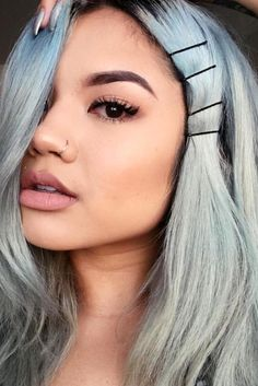 how-to-style-hair-accessories-bobby-pin-hairstyles-ways-to-wear-grayhair-side-row.jpg