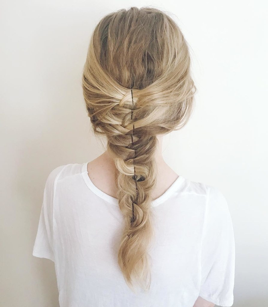 how-to-style-hair-accessories-bobby-pin-hairstyles-ways-to-wear-bobbypinhairart-instagram-tvan-braid-line.jpg