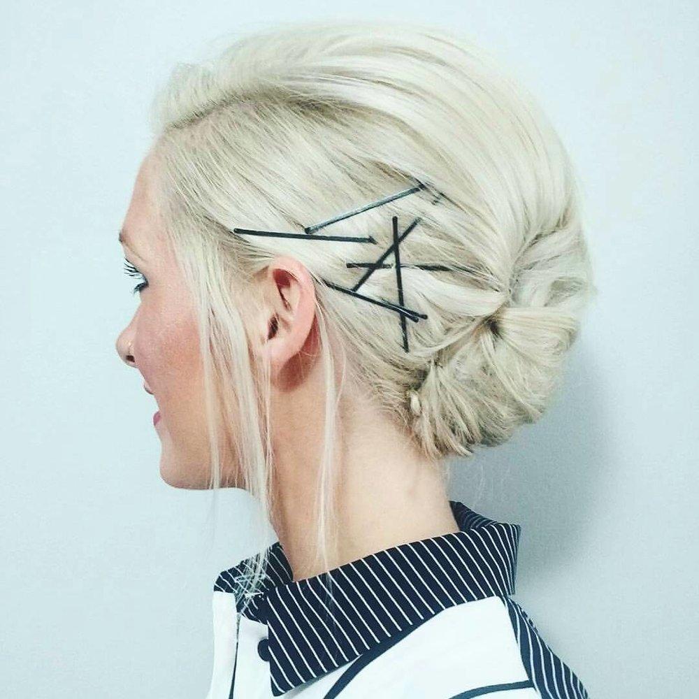 how-to-style-hair-accessories-bobby-pin-hairstyles-ways-to-wear-bobbypinhairart-instagram-justahairabove-blonde-frenchtwist-black.jpg